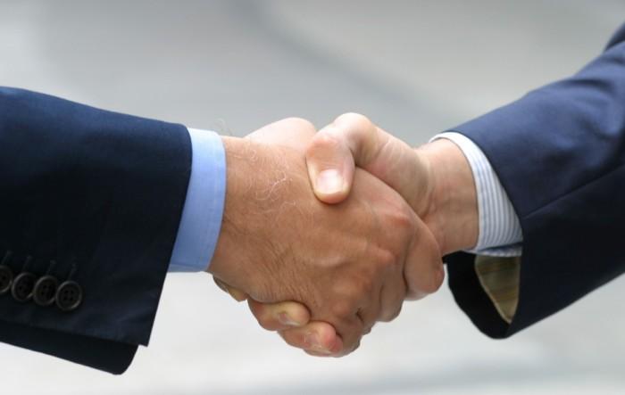 Acquisire NUOVI CLIENTI Vs mantenere i VECCHI CLIENTI ?